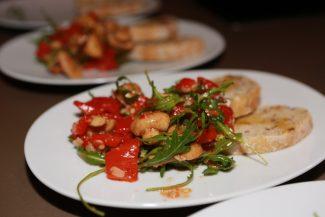 Mediteranes Gemüse lauwarm serviert